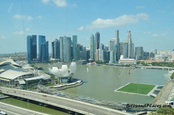 SingaporeFlyerView