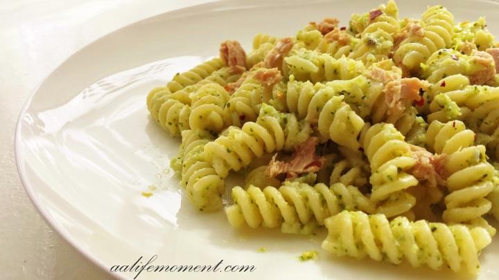 Broccoli Pesto Sauce Recipe with Tuna andChili